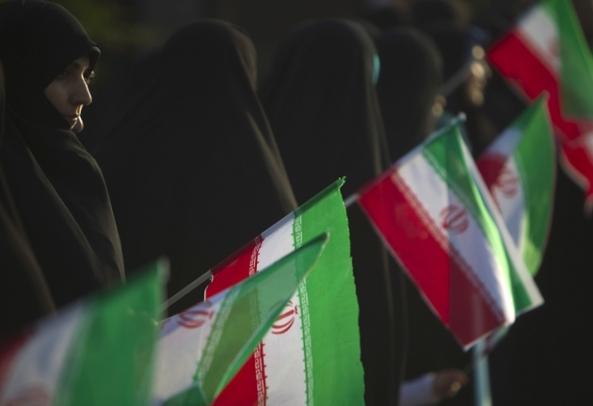iran-women-flagsrtr2di09-630x432